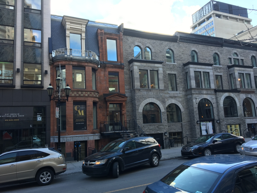 TO LEASE– 2060-2130 De La Montagne -Space for Office/Medical clinic or Retail