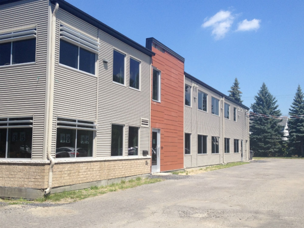 Office space for rent in Boucherville